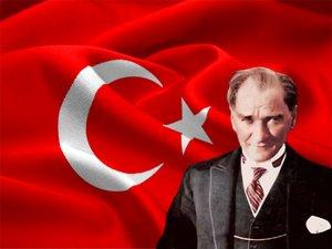 Okul Kitaplarından Atatürk Resmi Kaldırıldı mı?