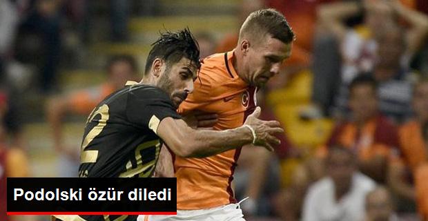 Podolski Galatasaray'lı Taraftarlardan Özür Diledi