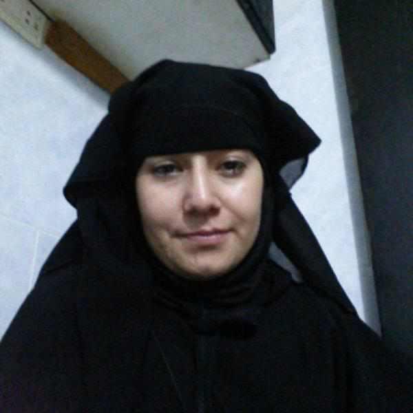 ŞİD'e Katılan Eşini 2 Yaşındaki Çocuğuyla IArıyor