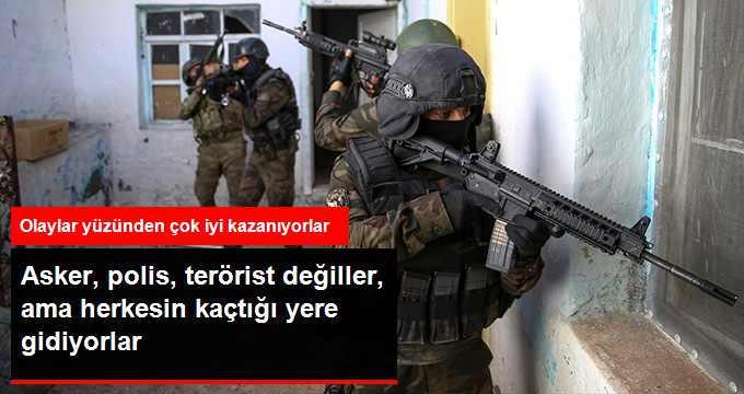 asker-polis-terorist-degiller-ama-herkesin_x_8491310_7182_z2[1]