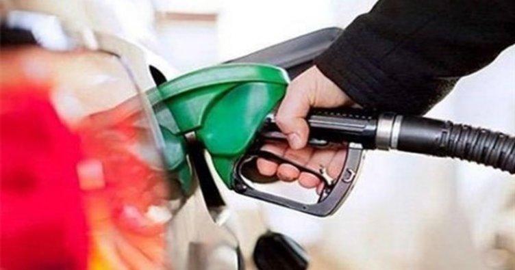 Benzin Fiyatlarına İndirim Üstüne İndirim Geliyor