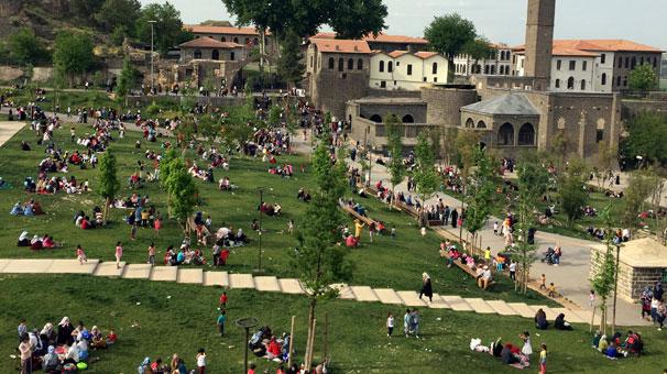 Diyarbakır'a Yeniden Turist Gelmeye Başladı