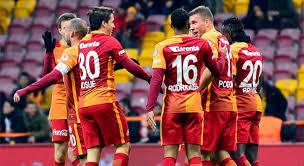 Futbolu Bırakıp Galatasaray'a Gelecek