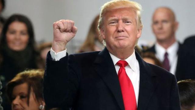 Trump 2024'te Yeniden Aday Olacağını Açıkladı