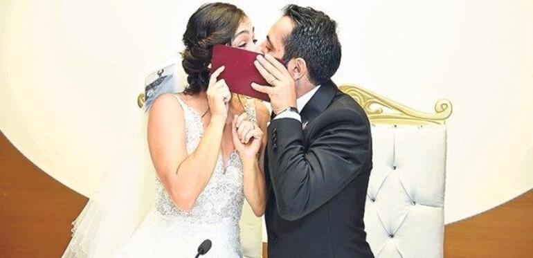 Masumlar Apartmanının Gülbeni Merve Dizdar ile Gürhan Altundaşar boşandı